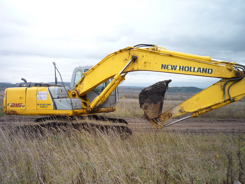 Экскаватор New Holland e215 в Перми